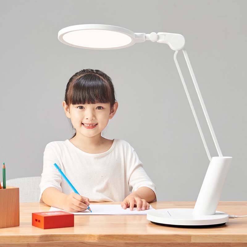 适合学生用的不伤眼的台灯推荐