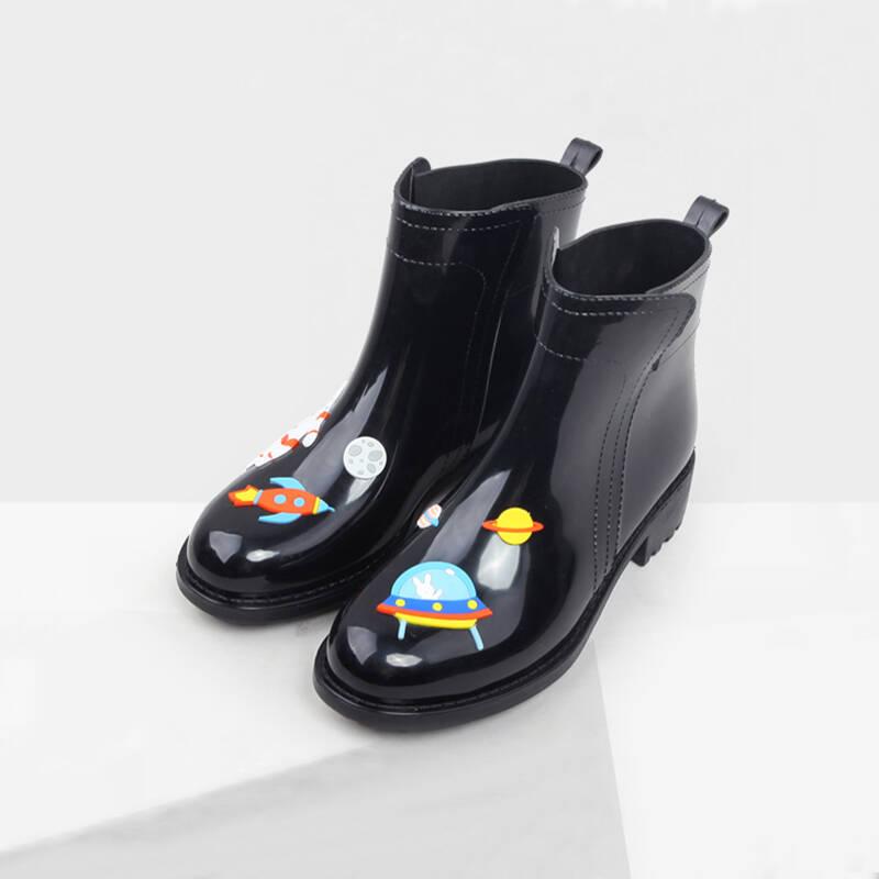 2021年十大女士新款雨鞋
