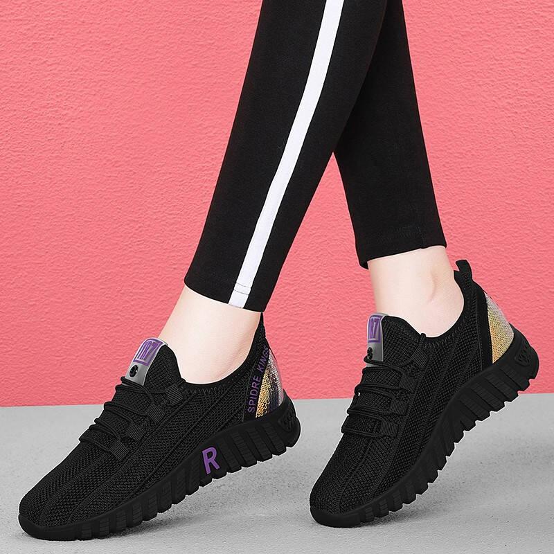 今年流行的女士休闲鞋推荐