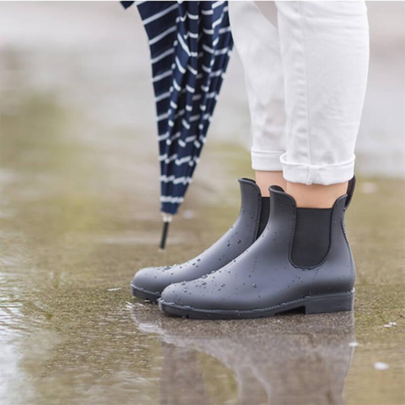 比较好看的女士雨靴推荐2021