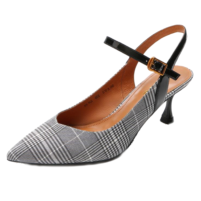 今年最流行的女款凉鞋排行榜