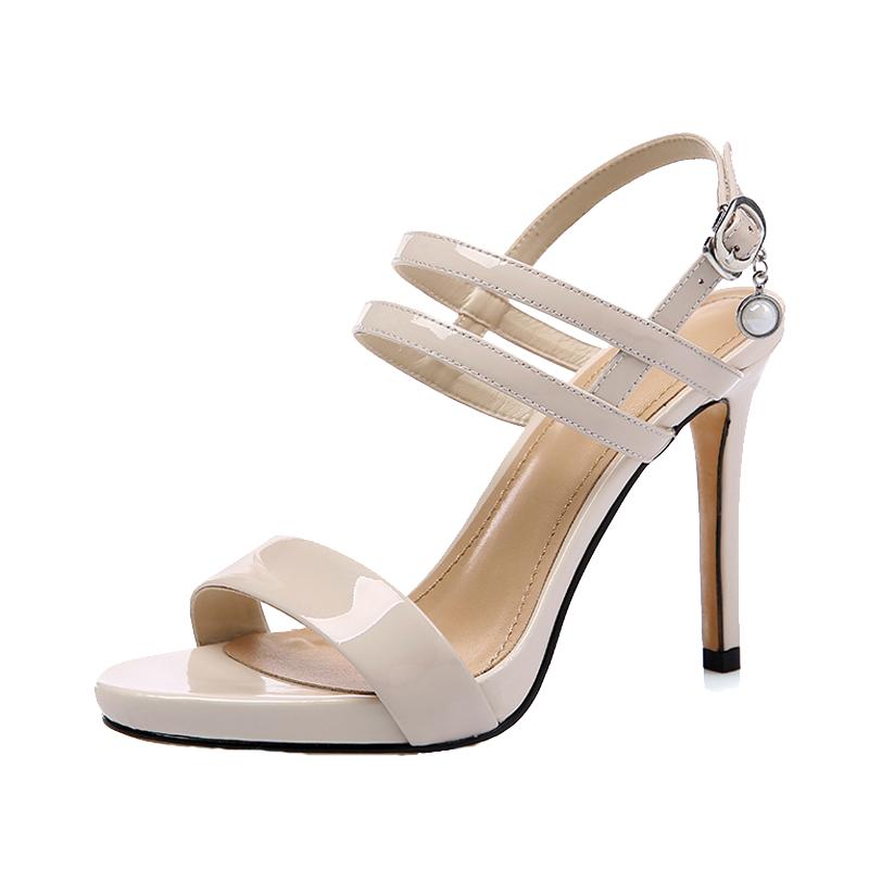 2021最流行的女士凉鞋推荐
