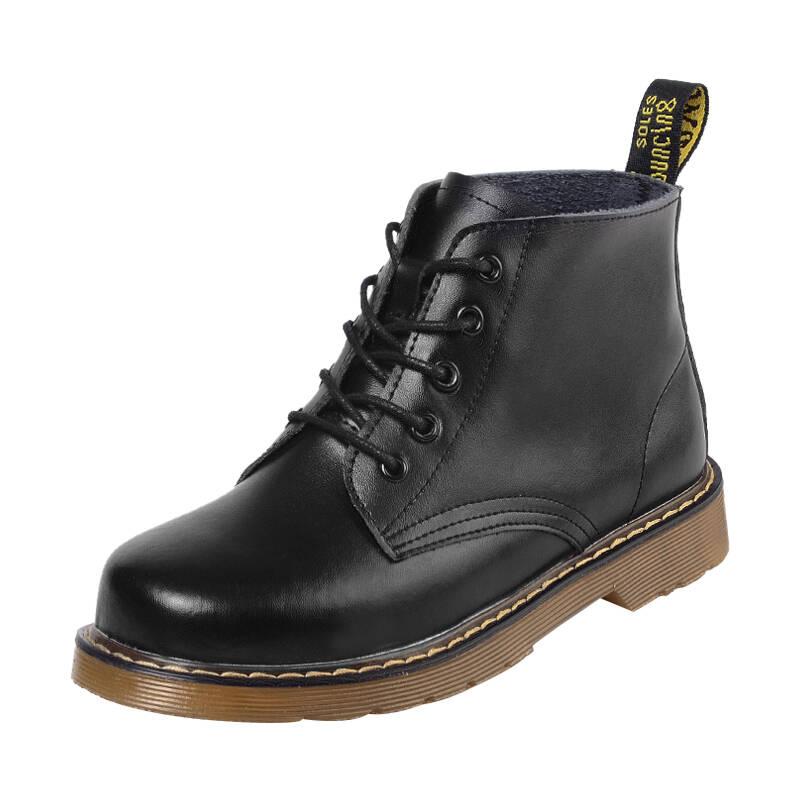 2021十款女生马丁靴推荐