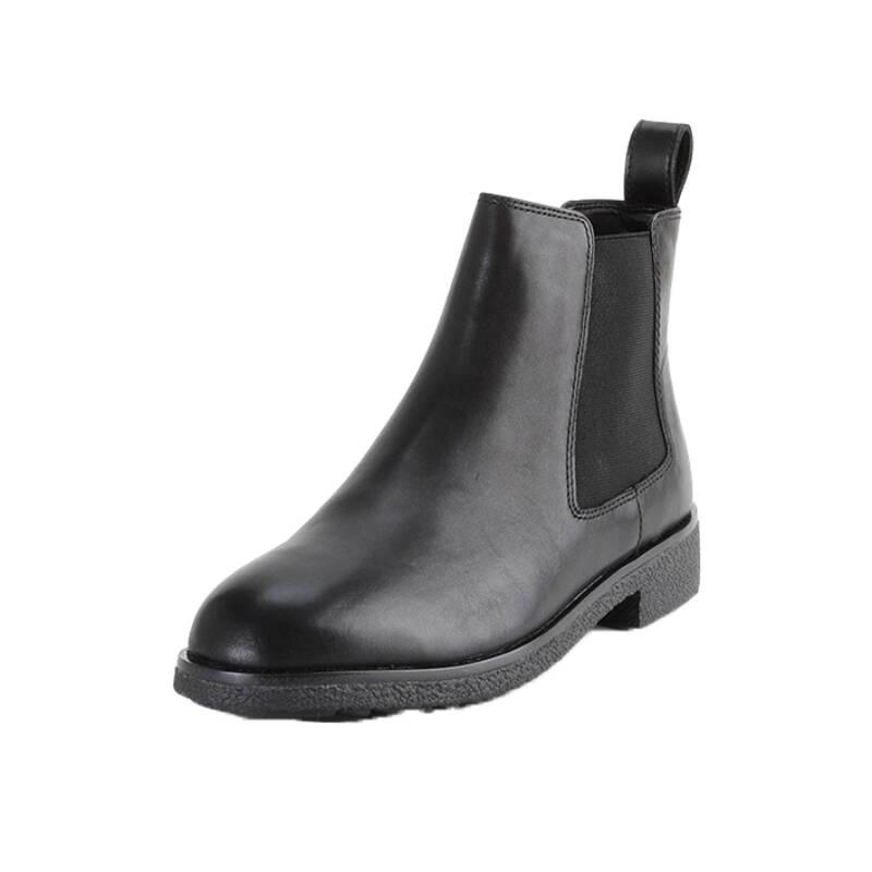 打造OL轻熟范的复古踝靴TOP