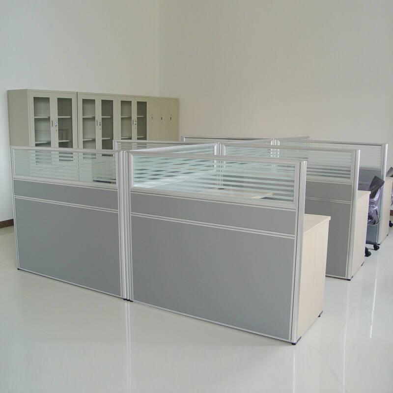金海马 宽大的桌面屏风工位